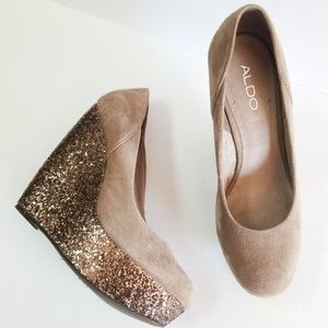 Aldo copper glittered tan suede platform wedges